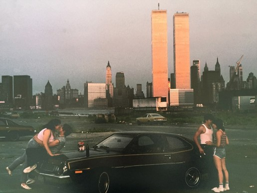 Thomas Hoepker, Lover's Lane at the New Jersey Docks with a View of the World Trade Center in Lower Manhattan, New York, 1983