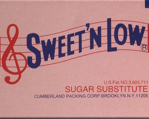 Sweetn Low von Sylvie Fleury