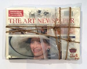 Wrapped The Art Newspaper von Christo