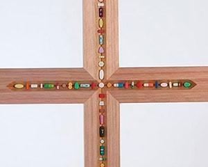 The Crucifix von Damien Hirst